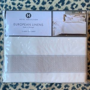 Hotel Collection Queen Flat Sheet - NWT